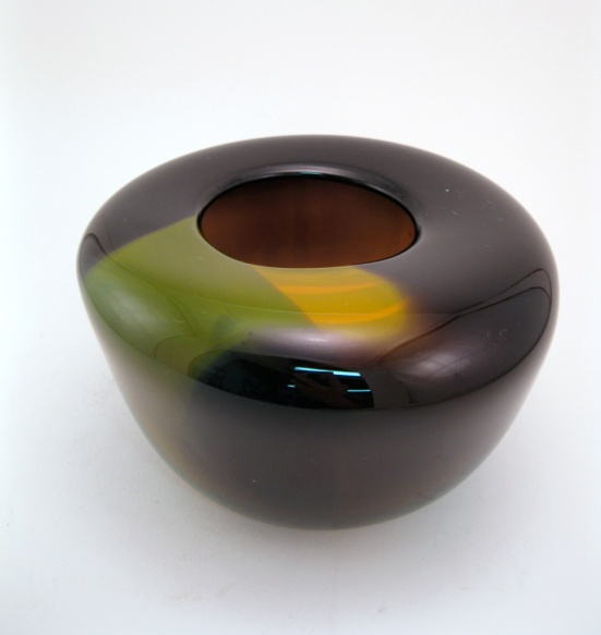 Black and Gold Duo Vessel by Wunder Around